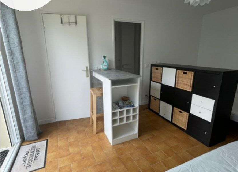 Appartement à louer 25m2 à Six-Fours-les-Plages