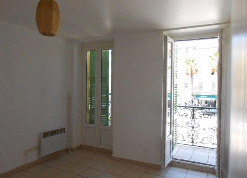 Appartement à louer 48m2 à Ollioules