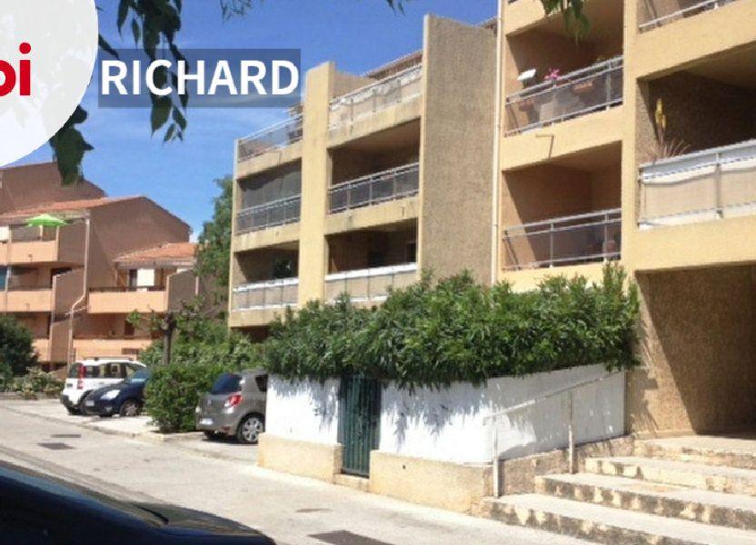 Appartement à louer 61m2 à Sanary-sur-Mer