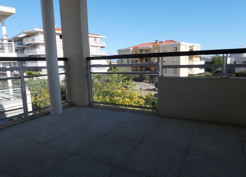 Appartement à louer 43m2 à Antibes
