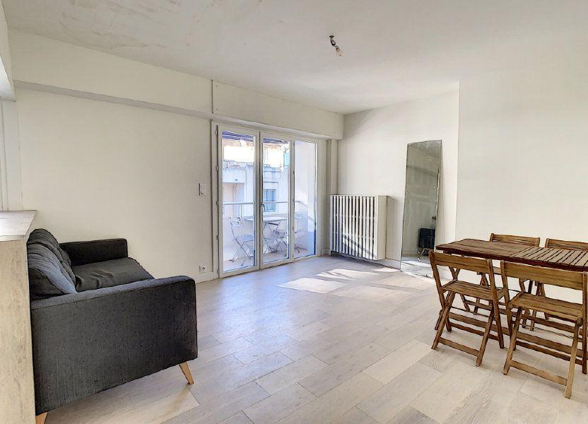 Appartement à vendre 57m2 à Antibes
