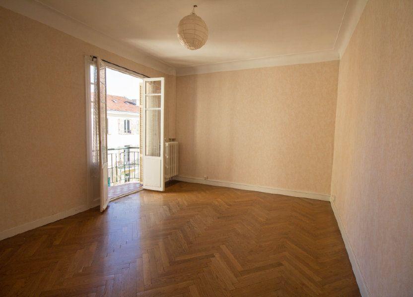 Appartement à louer 65m2 à Nice