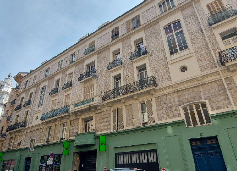 Appartement à louer 29m2 à Nice