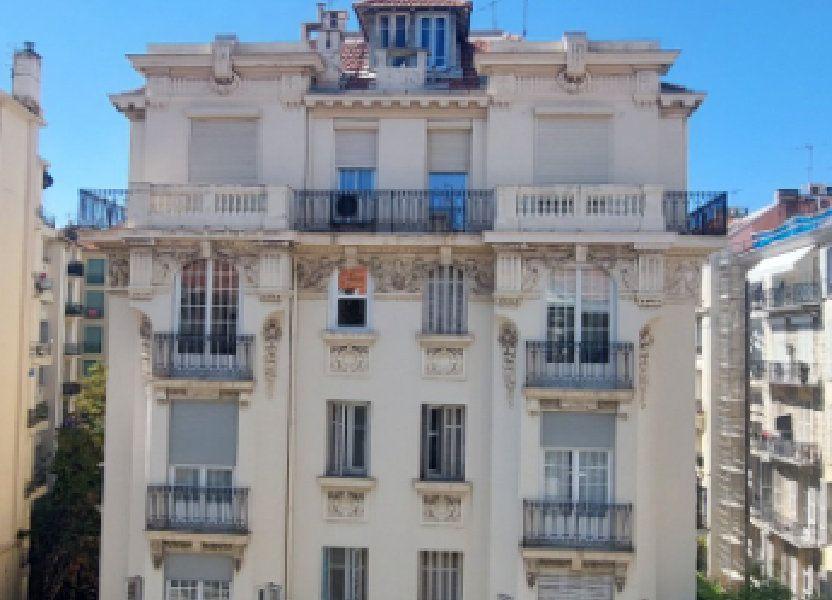 Appartement à louer 70m2 à Nice