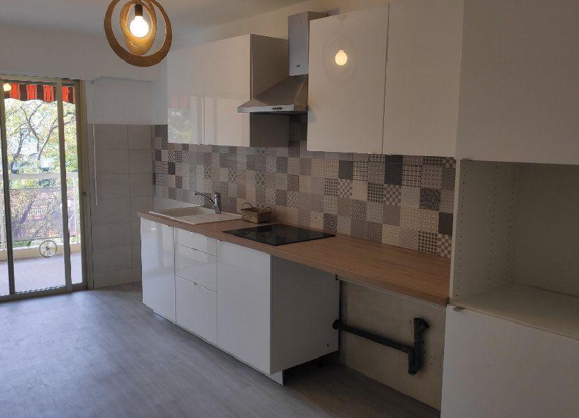 Appartement à louer 92m2 à Cagnes-sur-Mer