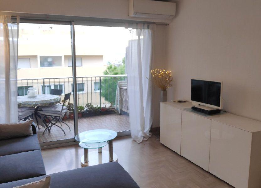 Appartement à louer 33m2 à Saint-Laurent-du-Var