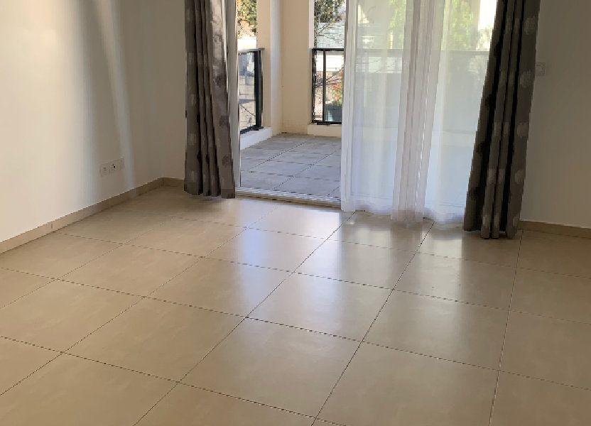 Appartement à louer 42m2 à Mandelieu-la-Napoule