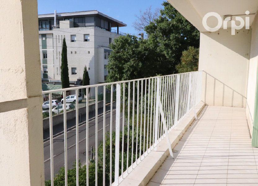 Appartement à louer 82m2 à La Ciotat