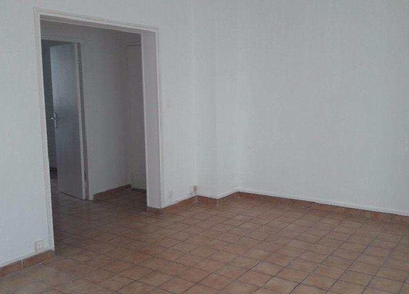 Appartement à louer 63.65m2 à Marignane