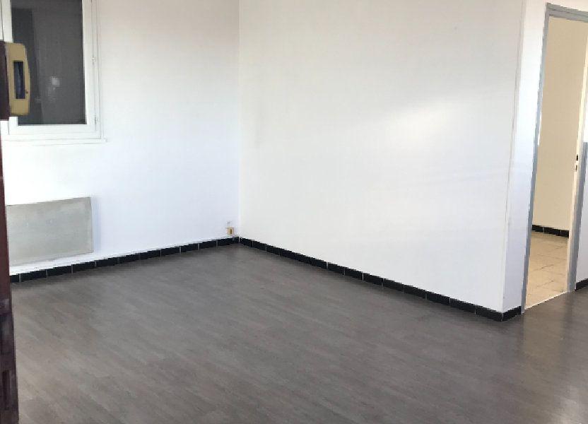 Appartement à louer 45.11m2 à Marignane