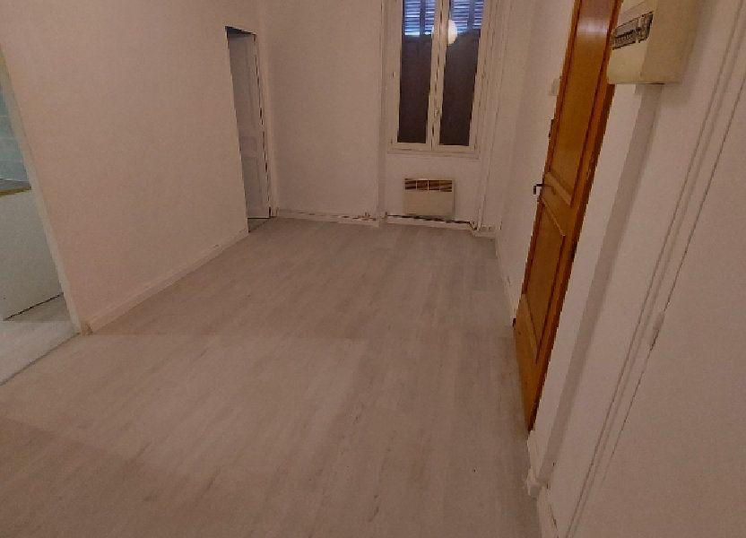 Appartement à louer 35.6m2 à Marignane