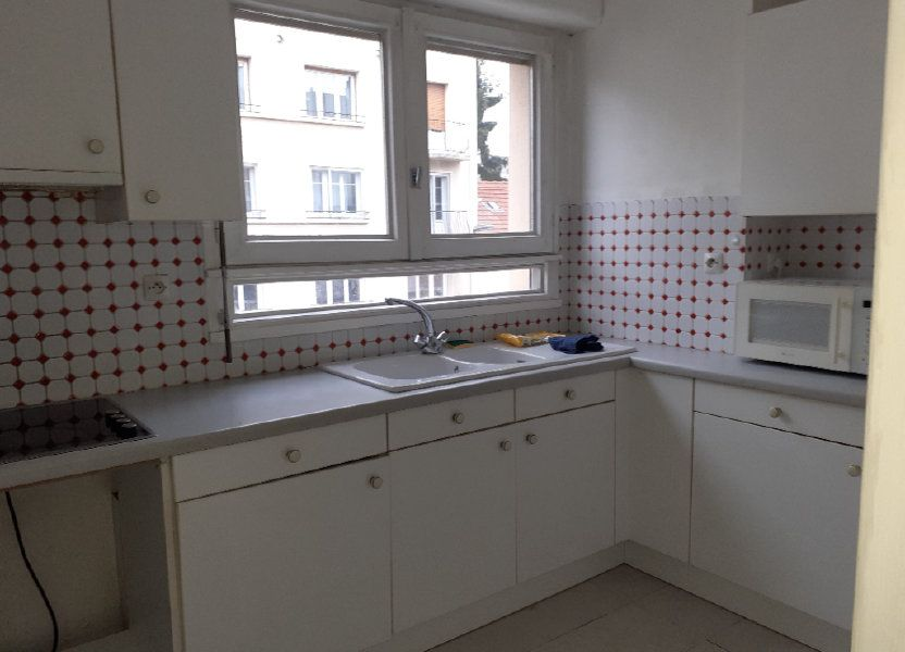 Appartement à louer 65.89m2 à Dijon