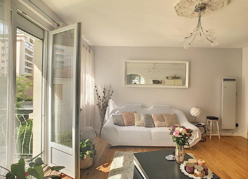 Appartement à vendre 71.82m2 à Pau