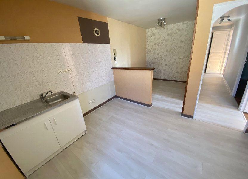 Appartement à louer 63.68m2 à Sillans