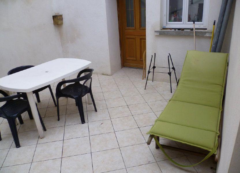 Appartement à louer 60.78m2 à Saint-Étienne-de-Saint-Geoirs