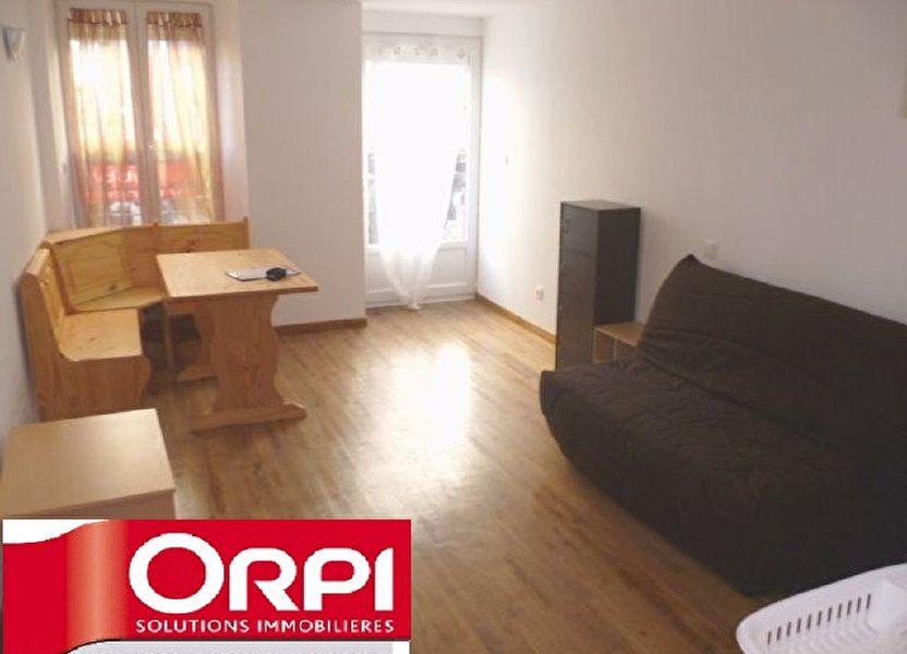 Appartement à louer 24.3m2 à Saint-Étienne-de-Saint-Geoirs