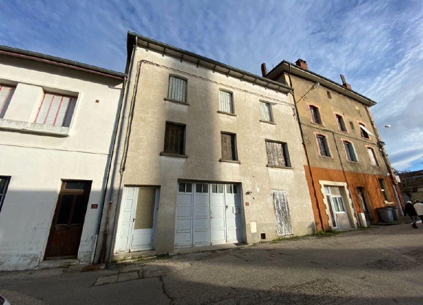 Immeuble à vendre 140m2 à Saint-Étienne-de-Saint-Geoirs