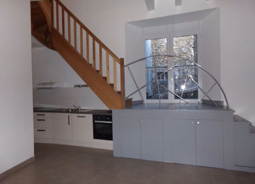 Appartement à louer 91m2 à Saint-Flour