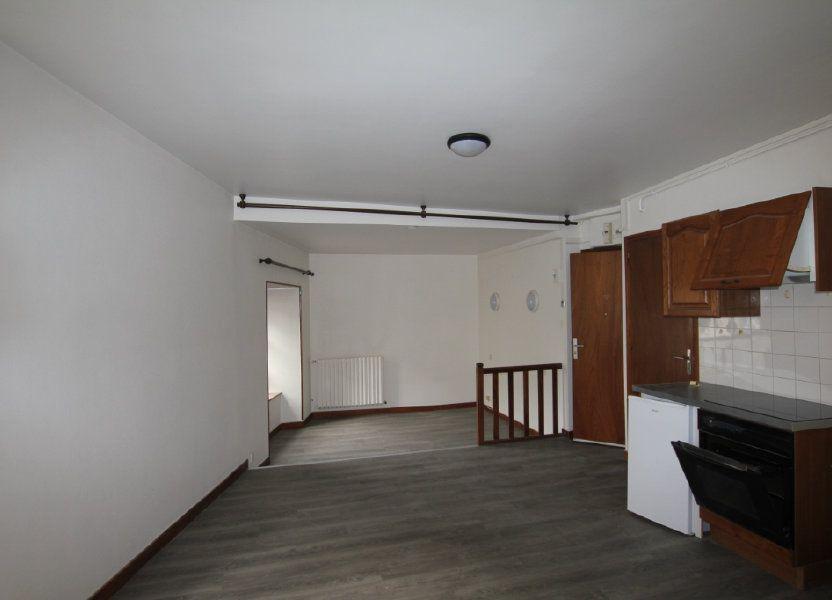 Appartement à louer 30m2 à Saint-Flour