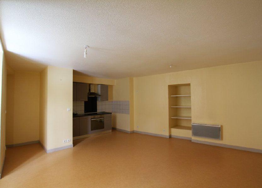 Appartement à louer 51m2 à Saint-Flour