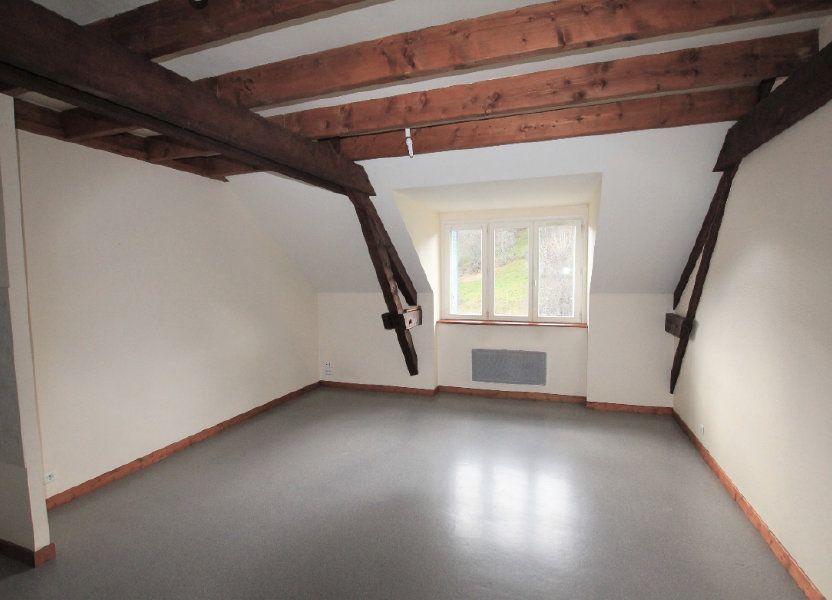 Appartement à louer 70m2 à Murat