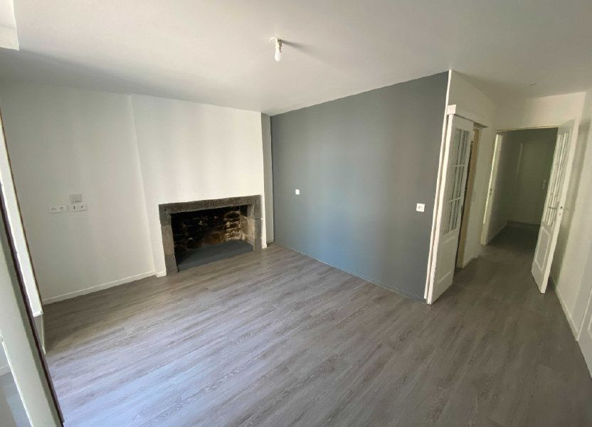 Appartement à louer 41.5m2 à Saint-Flour