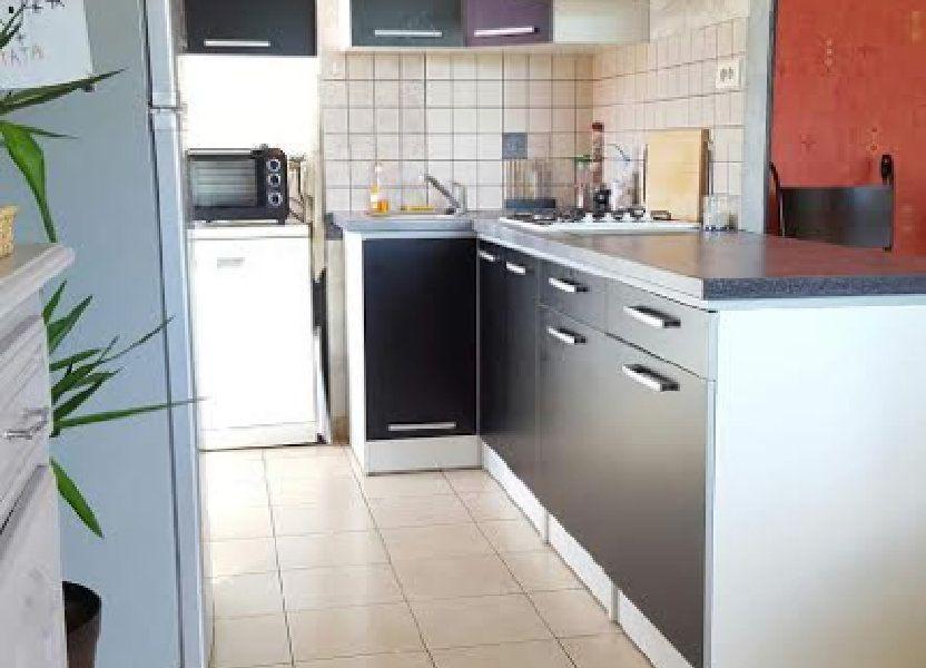 Appartement à louer 65m2 à Saint-Flour