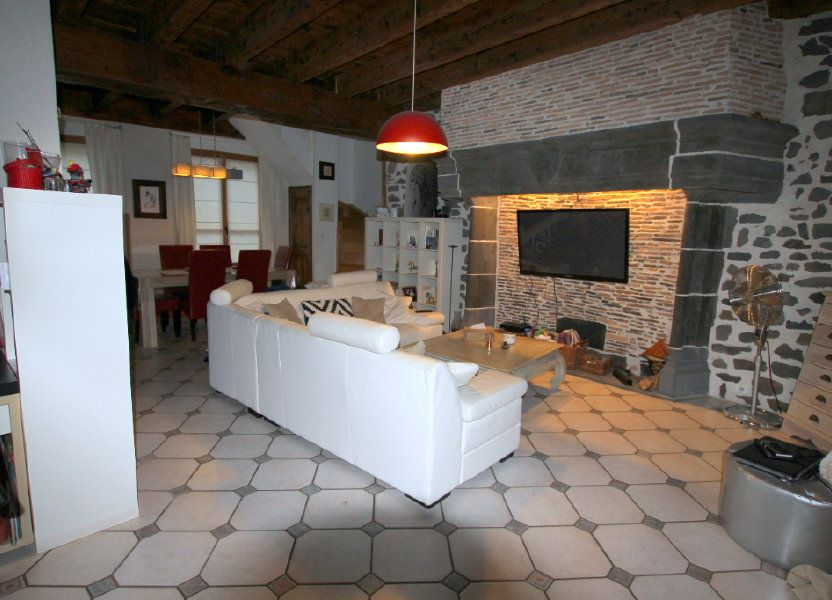 Appartement à louer 98m2 à Saint-Flour