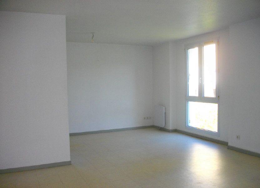 Appartement à louer 57.68m2 à Bourges