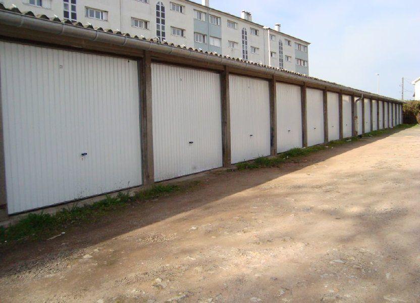 Stationnement à louer 12m2 à Nevers
