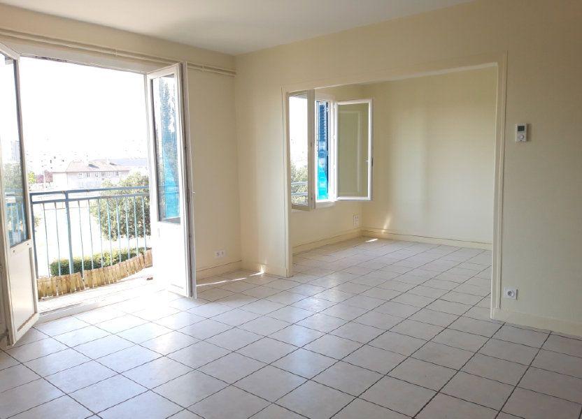 Appartement à louer 67.19m2 à Nevers