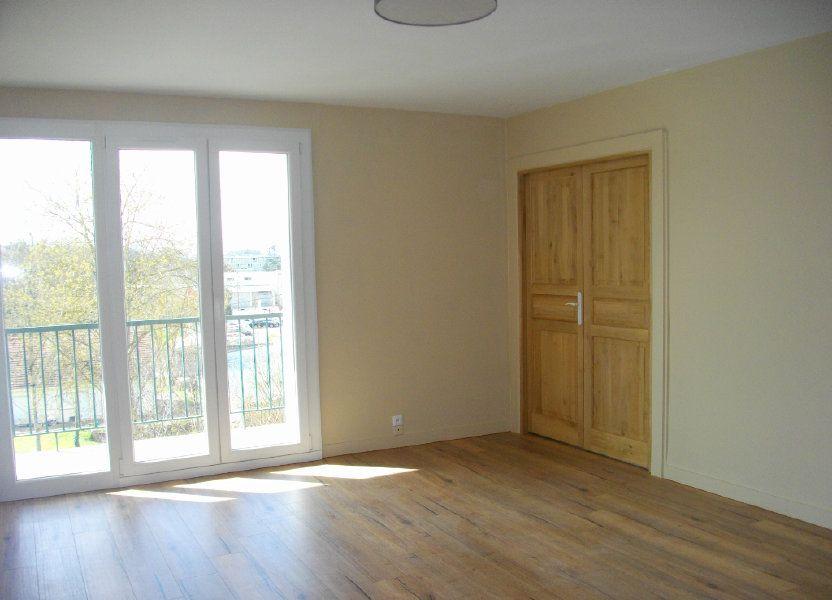 Appartement à louer 63.97m2 à Bourges