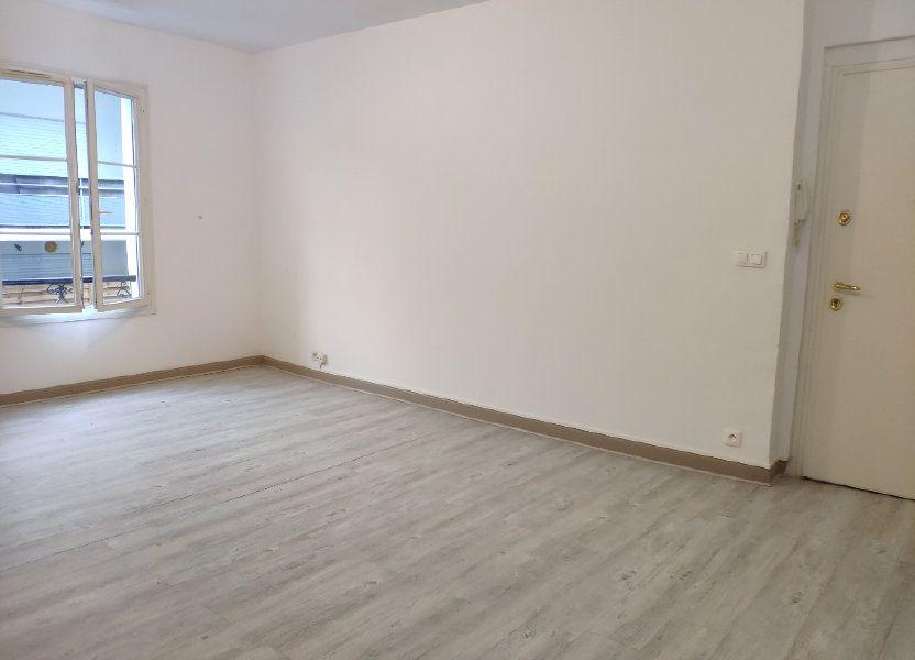 Appartement à louer 75.59m2 à Bayonne