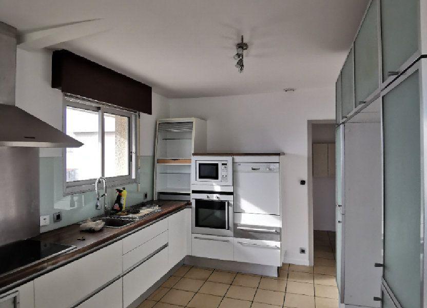 Appartement à louer 123.49m2 à Saint-Vincent-de-Tyrosse