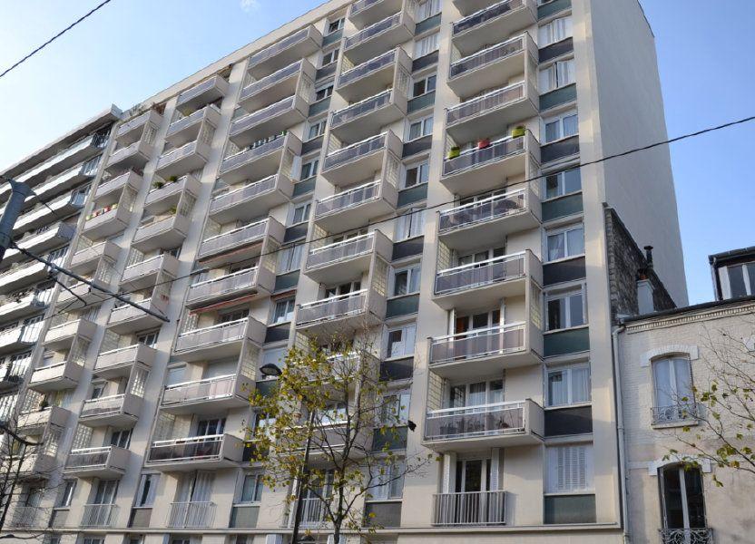 Appartement à louer 61m2 à Paris 20