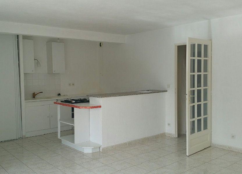 Appartement à louer 75m2 à Oraison