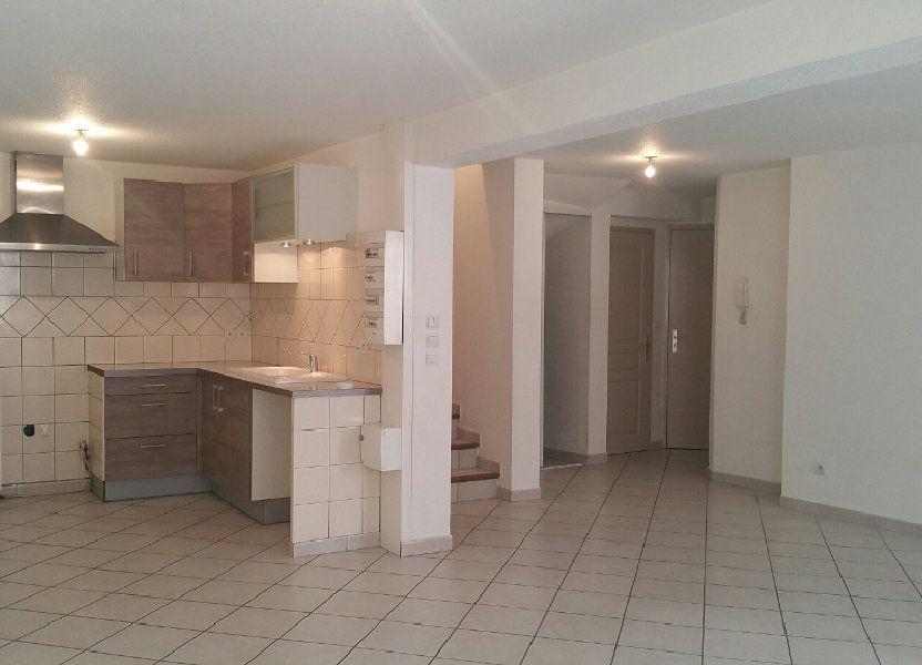 Appartement à louer 90m2 à Les Mées