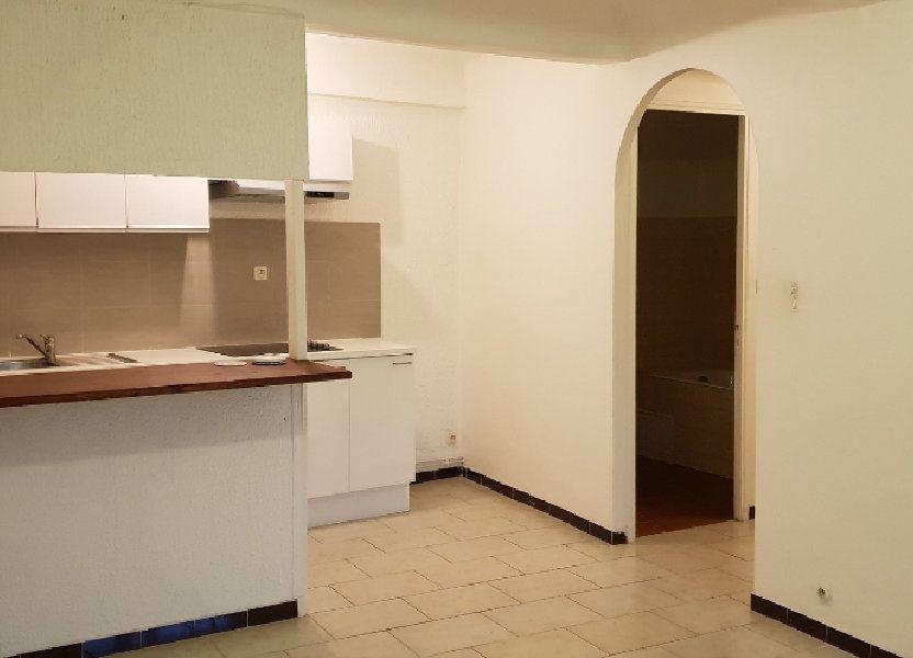 Appartement à louer 40m2 à Oraison