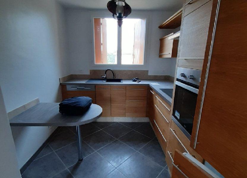 Appartement à louer 83m2 à Laragne-Montéglin