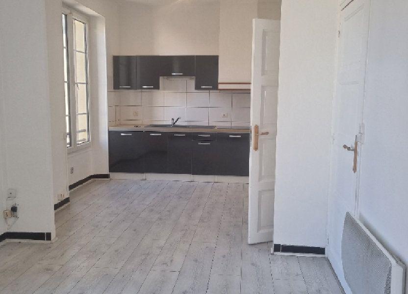 Appartement à louer 46m2 à Pont-Saint-Esprit