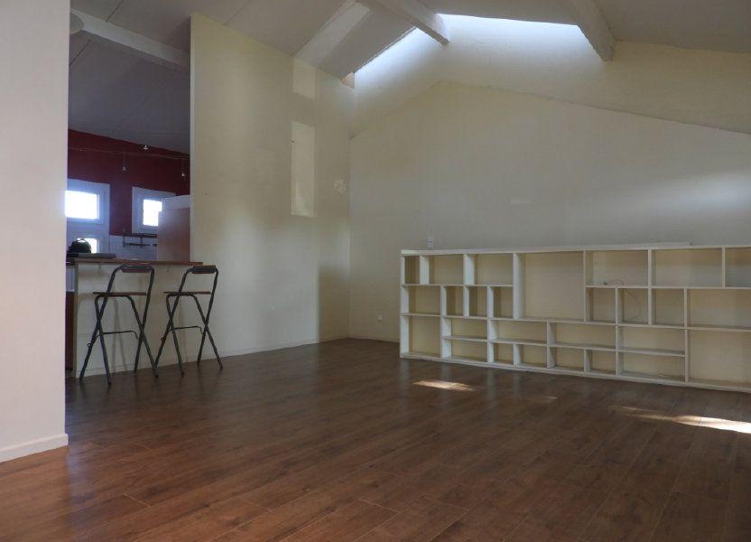Appartement à louer 80m2 à Saint-Geniès-Bellevue