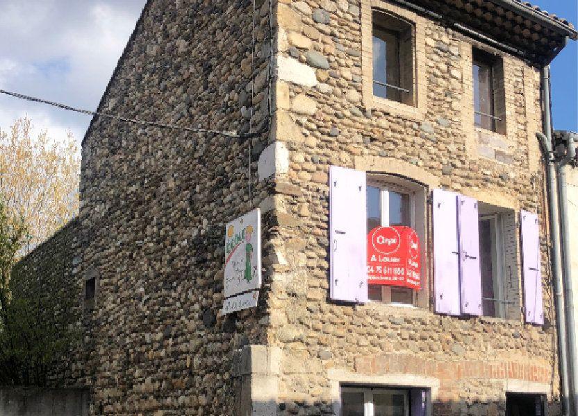 Maison à louer 89m2 à Saint-Laurent-du-Pape