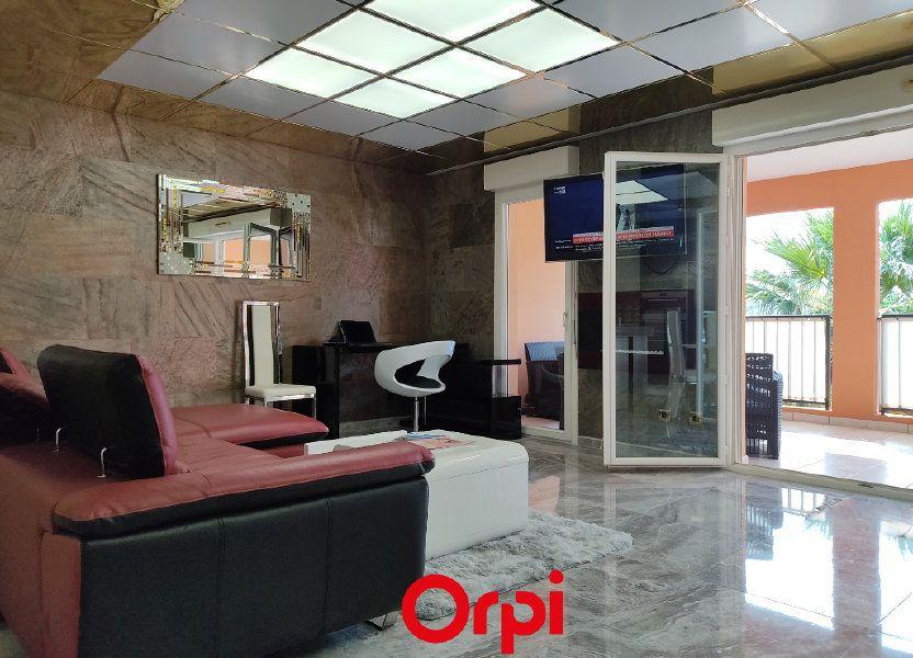 Appartement à vendre 59.59m2 à Saint-Cyr-sur-Mer