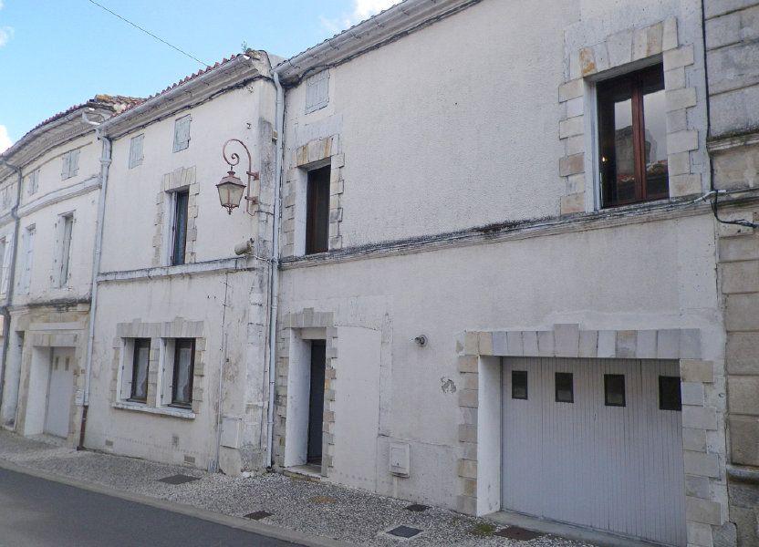 Immeuble à vendre 550m2 à Roullet-Saint-Estèphe