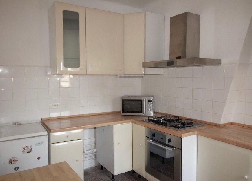 Appartement à louer 68.4m2 à Toulon