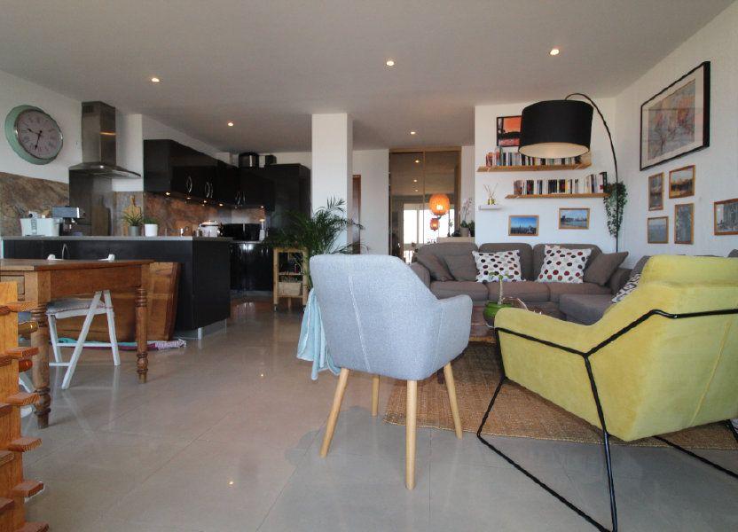 Appartement à louer 54.17m2 à Toulon
