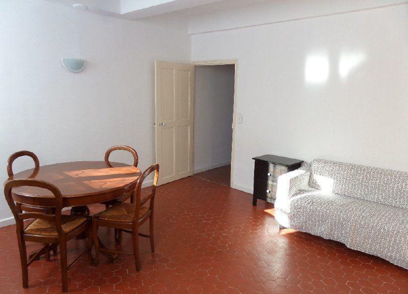 Appartement à louer 40m2 à Le Puy-Sainte-Réparade
