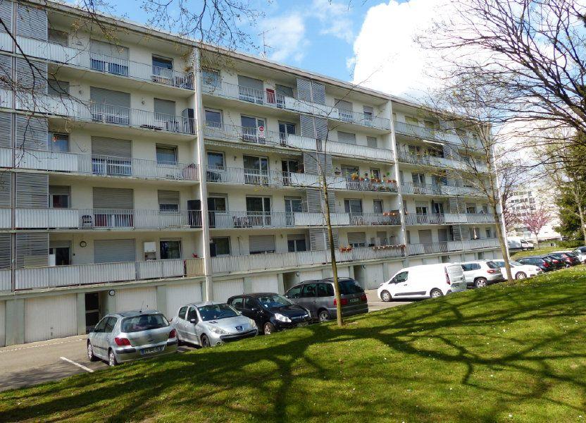 Appartement à louer 75.9m2 à Illzach