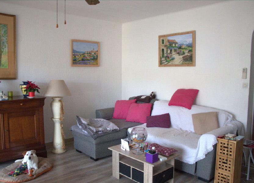 Appartement à louer 80m2 à Hyères