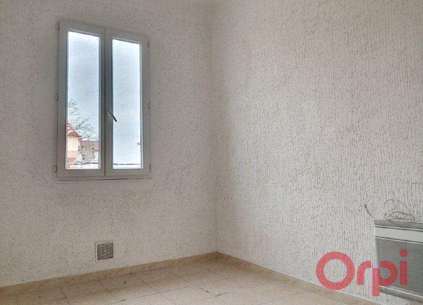 Appartement à louer 28.74m2 à Perpignan